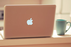 MacBook Pro ! (Nas t) Tags: morning pink apple breakfast mac nikon pastel pro delicate tamron 90mm d60 macbook macpro