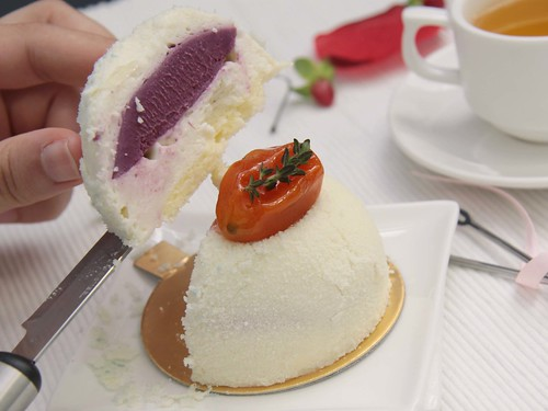 Lychee Mousse (Cross section)
