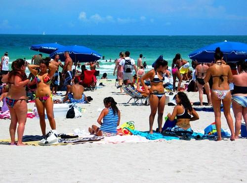 Sexy Latina girls in bikini on the beach