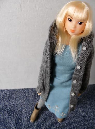 Tippi in knitwear