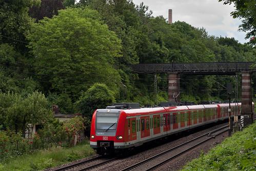 Eine direkte Verbindung zwischen Ostbahnhof und Pasing stellte die S8 her, allerdings ohne Zwischenhalt