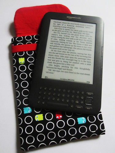 pac man kindle cover open