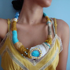 GreekVintage Necklace (saraaires (quartodeideias)) Tags: blue yellow vintage greek gold golden necklace handmade turquoise ooak crochet cyan jewelry dourado bleu amarelo blau ouro freeform