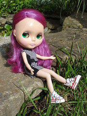 Modeling her new shoes! (just biz!) Tags: doll violet blythe prima dolly pdv1