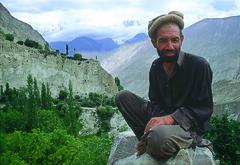 nagar man (gpacca) Tags: pakistan hunza nagar karakorumhighway