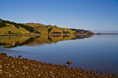 """Windless at Waikato"" (fantommst) Tags: ocean newzealand reflection water glass island pacific north nz hero winner waikato symmetrical region flickrchallengegroup flickrchallengewinner"