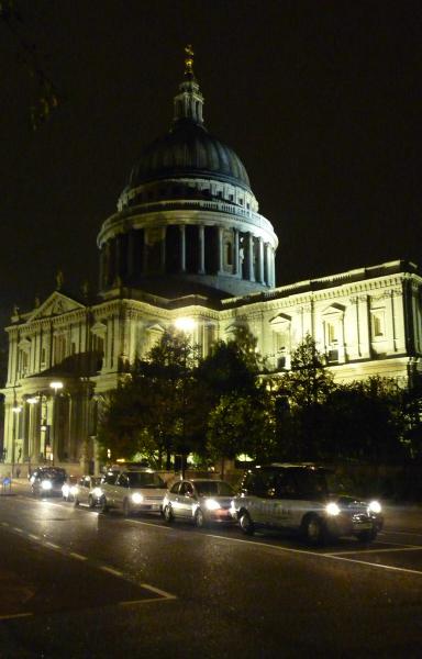 St Paul's taxi