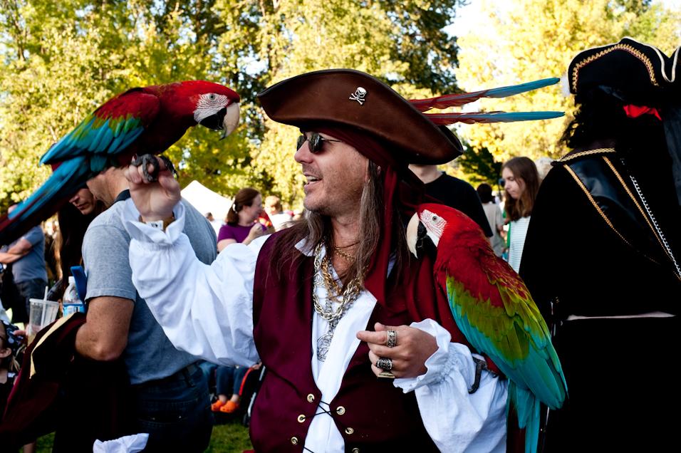 Parrot Captain