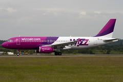 HA-LPV - 3927 - Wizzair - Airbus A320-232 - Luton - 090622 - Steven Gray - IMG_4702