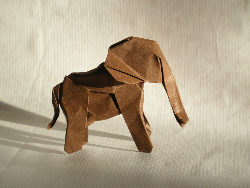 Baby elephant 1.6, created and folded Artur Biernacki