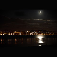 Broughty Ferry (widdowquinn) Tags: longexposure light moon reflection water ferry photoshop river landscape scotland rivertay fife broughtyferry dundee angus photoshopped tay broughty rnbtay fancymoonrakingforsomecheese