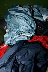 IMG_7906 (Seteg) Tags: blue red trash dumpster grey garbage mac shiny destruction rubber bin cleaning plastic trenchcoat rubbish waste gummi agu raincoat mll afvalbak nylon regen rainwear pvc raincoats anzug mackintosh vuilnis huisvuil cleaningup afval clearout rainsuit regenjacke mllsack shinycoat kliko regenjassen regenmantel regnfrakke regenjas mllbeutel nyloncoat vuilniszak regenanzug lackmantel rainsuits regnfrakk regnjakke gummimantel regnkappa regenpak regenkleding vuilcontainer regenbekleidung shiny gummiregenmantel regenpakken afvalzak mlleimern dumpsterbin agusport rubberbacked renjas nylon