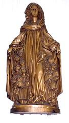 Mainz, St. Stephan, Schutzmantelmadonna (Virgin of Mercy) (HEN-Magonza) Tags: mainz ststephan madonna schutzmantelmadonna virginofmercy skulptur sculpture ststephenschurch rheinlandpfalz rhinelandpalatinate deutschland germany stephanskirche