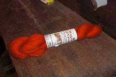 Wagtail Kid Mohair color scarlet red