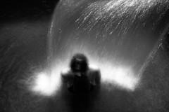 Linda a Colà (sgrazied) Tags: lake water lago donna rimini canoneos20d linda acqua gardalake lagodigarda romagna lazise villadeicedri colà thermallake sgrazied interphoto acquetermali