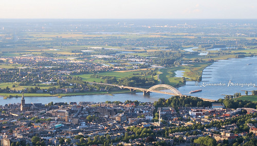 Nijmegen from above - hot air ballooning 2