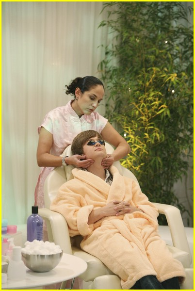 miley-cyrus-spa-sweet-03