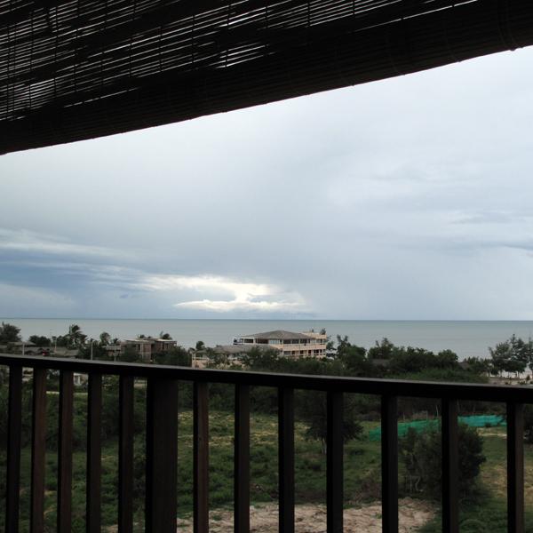 One wish: Giant balcony