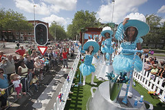 UNICEF zomercarnaval 2009 (UNICEF Nederland) Tags: unicef water rotterdam kind elk voor zomercarnaval schoon