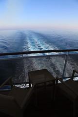 MSC Splendida arrivant  Malte (laperlenoire) Tags: cruise boat ship malta splendida cruiseship bateau msc malte navire mediterranee croisiere cruceros paquebot crociere firstcruise croisiereinaugurale