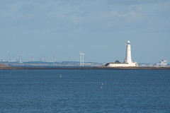 St Mary's lighthouse, with Blyth in the background (lpmcc) Tags: uk england place stmaryslighthouse seatonsluice