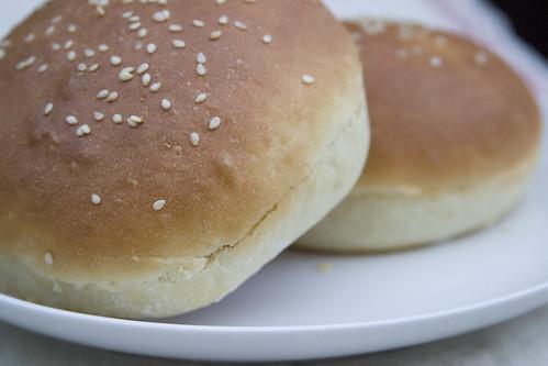 Hamburger buns (II)