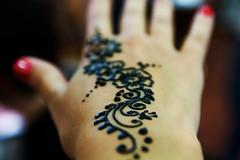 henna tattoo (ion-bogdan dumitrescu) Tags: singapore bitzi summer09 ibdp mg6574 ibdpro wwwibdpro ionbogdandumitrescuphotography