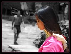 Long neck (SLpixeLS) Tags: travel portrait people girl thailand necklace asia southeastasia village faces princess burma traditional tribal karen thaïlande ring rings longneck tribes myanmar asie tribe ethnic brass burmese mujeres birma coils bodymodification indigenous villagers padang hilltribe maehongson selectivecolor longnecktribe tribu newlymarried padong theface longnecks padaung birmanie jirafa collo kayan longo femmegirafe birmania karenni digitalcameraclub folkclore longneckkaren mujeresjirafa burmeseborder paduang platinumheartaward collolungo earthasia giraffewomen flickrestrellas desaturationselective padaoung