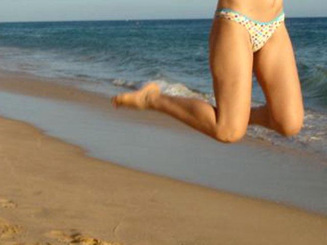 Saltinhos na praia, claro
