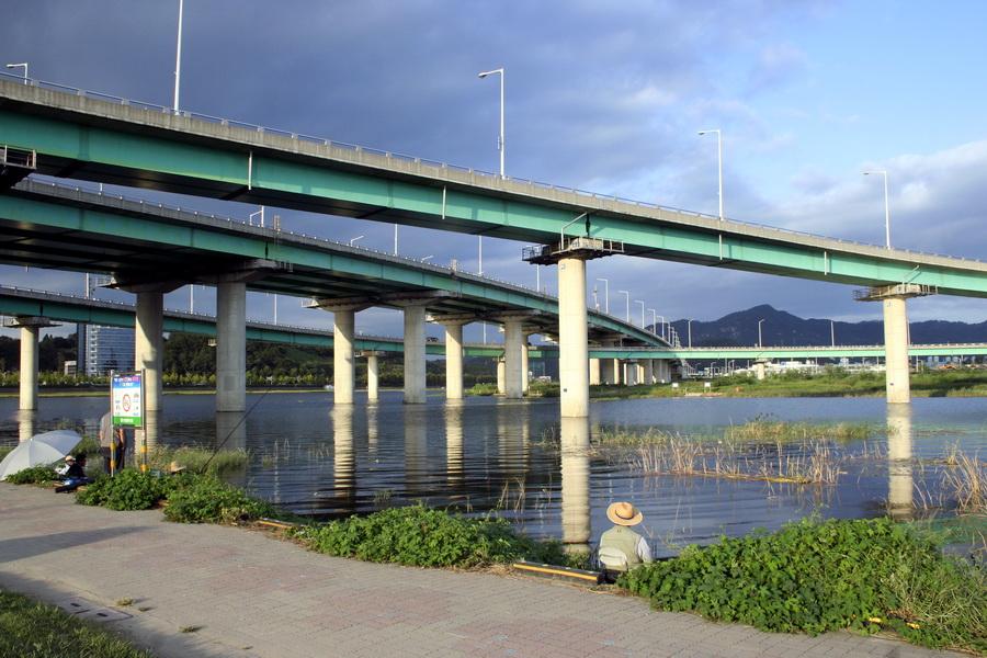 Yudeungcheon River