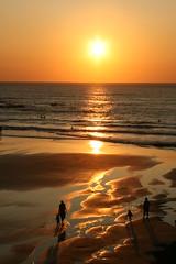 Sunset shadows (Andy at 8) Tags: sunset beach bay cornwall treyarnon treyarnonbay britishseascapes