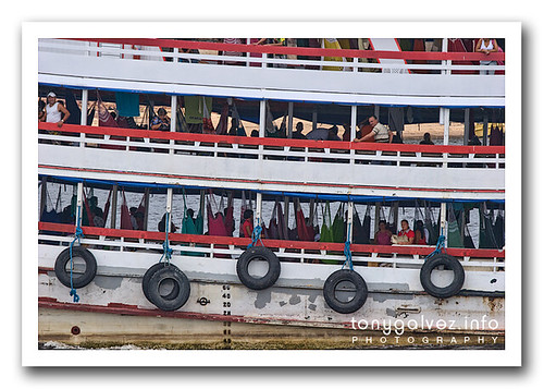 riverboats across the Amazon – schedules / timetables