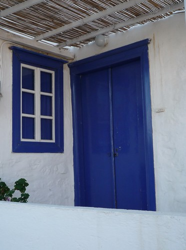 blue window and door, Hydra