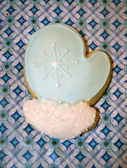 Winter Mitten (alicakescupcakery) Tags: snowflake blue white cookie sugar mitten sugarcookie alicakes alicakescupcakery