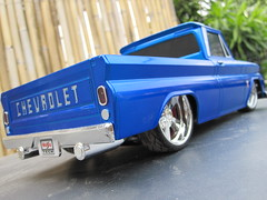 1/16 scale R/C Maisto 1964 Chevy C-10 (Jose Michael S. Herbosa) Tags: chevrolet truck gm philippines pickup collection chevy manila lowrider rc dub lowered toycar radiocontrol 1964 classictruck slammed maisto chevyc10 lowridertoys canonsd780isdigitalelph lowriderrc