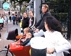 Amsterdam63 (Miguel Tavares Cardoso) Tags: holland amsterdam bike bikes holanda bicicletas bycicles amsterdão miguelcardoso miguelcardoso2008 migueltavarescardoso