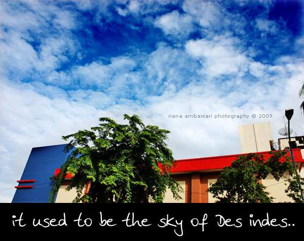The Sky of Used-To-Be Des Indes Hotel