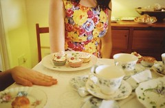 Sophie's Tea-party (Adele M. Reed) Tags: birthday party film floral 35mm cupcakes hand leicester sophie 200 teacups teaparty chine kodacolor nikonl35af2 adelemreedportfolio
