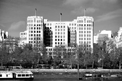 The Adelphi / Offices (Images George Rex) Tags: london uk theadelphi officebuilding artsdeco moderne modernism deco offices riverthames westminster victoriaembankmentgardens architecture fullfrontalfacade bw