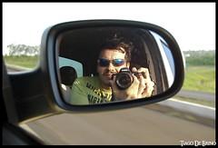 Poser (Tiago De Brino) Tags: poser nikon estrada carro reflexo retrovisor d40x tiagodebrino