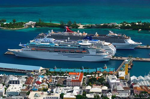 Cruise Ships, Nassau por skpa.