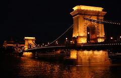 Los paseos de sbado 1 - Szombati stk 1 (Drmg Dmtr) Tags: night noche hungary budapest duna ungarn danube magyarorszg hungra lnchd chainbridge danubio puentedelascadenas