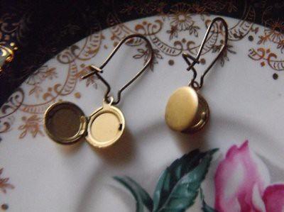 pocket earrings