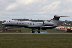 N51MF - Private - Gulfstream G550 - Luton - 090326 - Steven Gray - IMG_2380