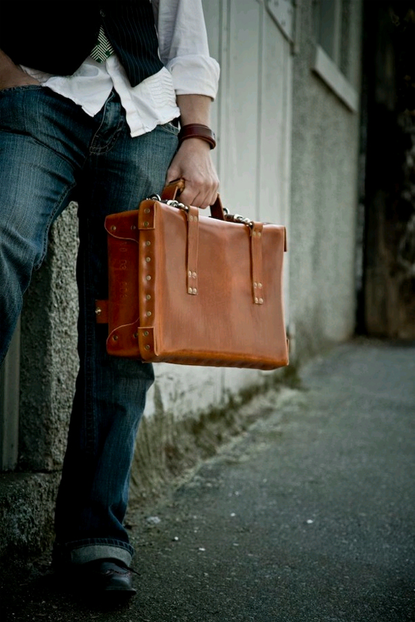 Leather Suitcase No 03 S 02