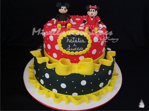Bolo decorado Mickey e Minnie / Mickey and Minnie cake
