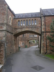 Bridges over East Close, South Horrington Village, Wells, Somerset (ChurchCrawler) Tags: wells somerset asylum mentalhospital georgegilbertscott guesswhereuk gwuk guessedbysimonk williammoffat mendiphospital southhorringtonvillage