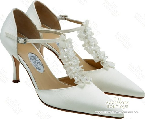 Wedding shoes from Rhapsody by Diane Hassall.