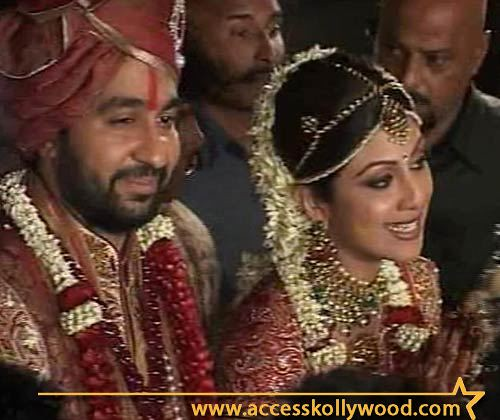 Shilpa Shetty and Raj Kundra in wedding costume