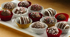 Holiday Cake Bon Bons Recipe (Betty Crocker Recipes) Tags: christmas decorations party holiday cake guests festive recipe dessert sweet chocolate balls tasty gifts sprinkles presents treat cocoa whiteplate peppermint whitechocolate drizzle entertaining cakemix bettycrocker toppings candycups holidaycakebonbons